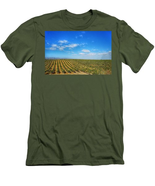 Morgan Hill Vinyard Men's T-Shirt (Athletic Fit)