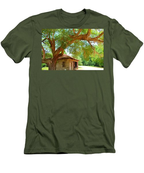 Mossy Tree In Natchez Men's T-Shirt (Athletic Fit)