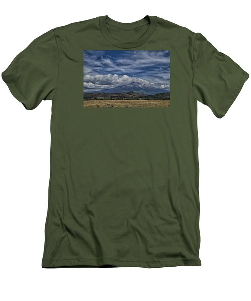 Men's T-Shirt (Slim Fit) featuring the photograph Mount Shasta 9946 by Tom Kelly