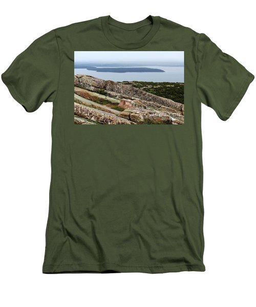 Mt. Destert Island View Men's T-Shirt (Athletic Fit)