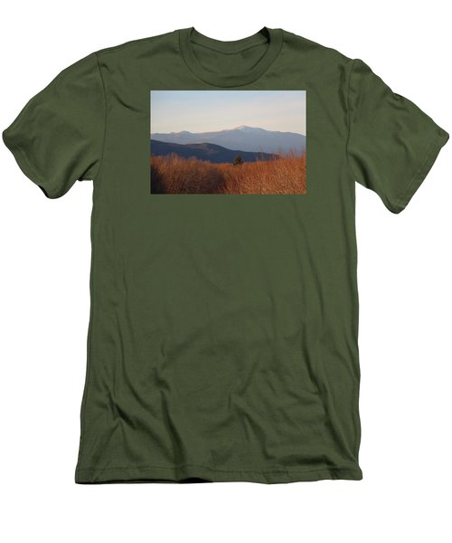 Mt Washington Nh Men's T-Shirt (Athletic Fit)