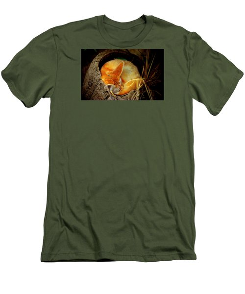 Napping Fennec Fox Men's T-Shirt (Athletic Fit)