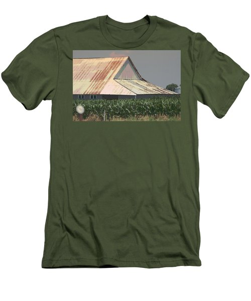 Nebraska Farm Life - The Tin Roof Men's T-Shirt (Athletic Fit)