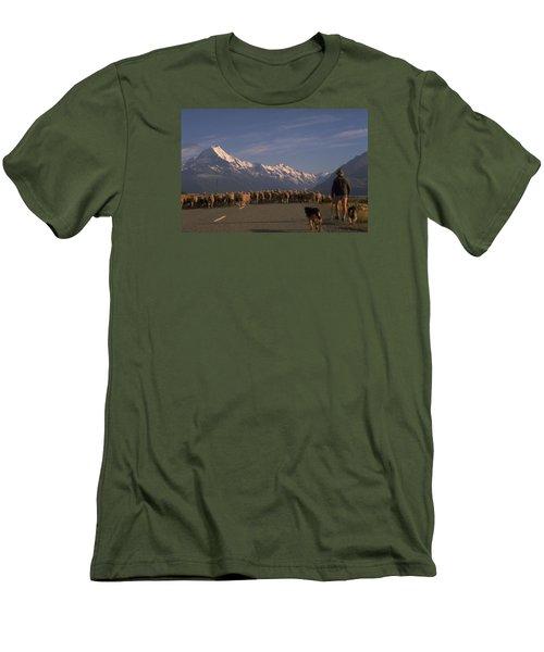 New Zealand Mt Cook Men's T-Shirt (Slim Fit) by Travel Pics