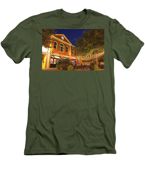 Nightime In Newburyport Men's T-Shirt (Athletic Fit)