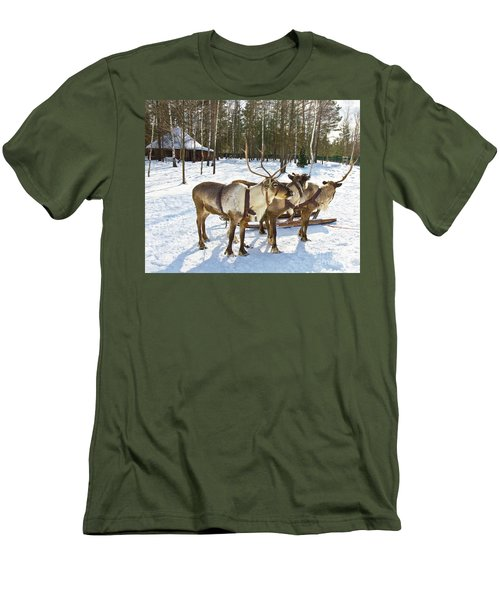 Northern Deers Men's T-Shirt (Athletic Fit)