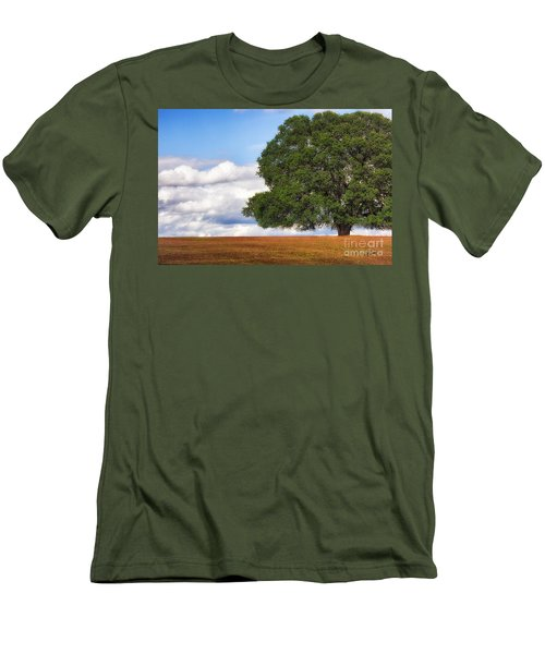 Oaktree Men's T-Shirt (Athletic Fit)
