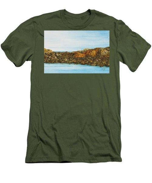 Ogunquit Maine Sail And Rocks Men's T-Shirt (Athletic Fit)