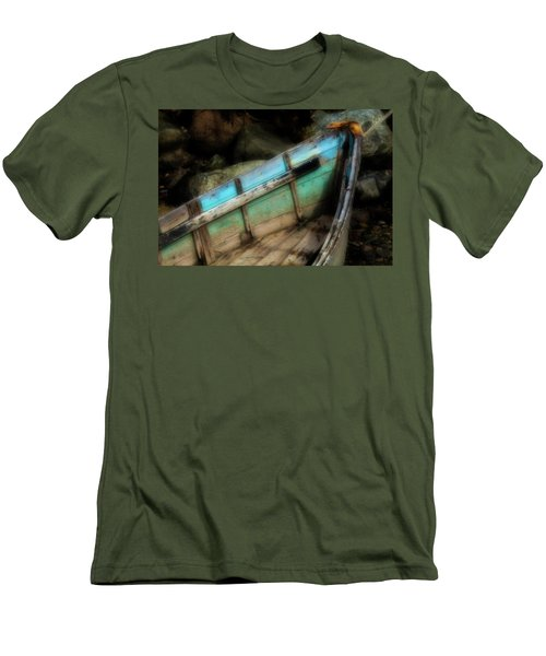 Old Boat 1 Stonington Maine Men's T-Shirt (Slim Fit)