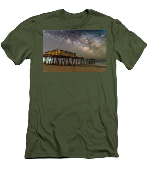 Old Frisco Pier Men's T-Shirt (Athletic Fit)