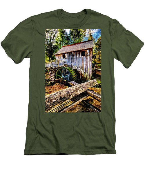 Old Mill Men's T-Shirt (Athletic Fit)