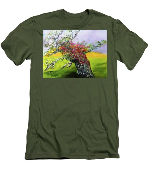 Old Nantucket Tree Men's T-Shirt (Athletic Fit)