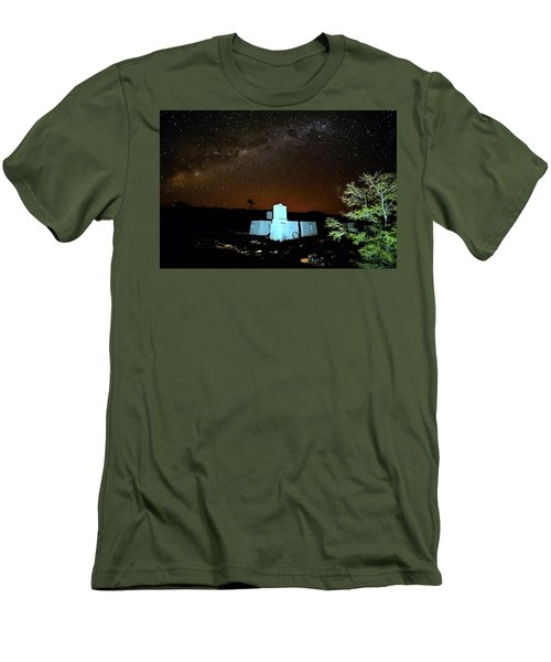 Old Owen Springs Homestead Men's T-Shirt (Athletic Fit)