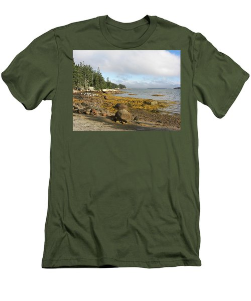 Old Quarry Beach, Stonington, Me Men's T-Shirt (Athletic Fit)