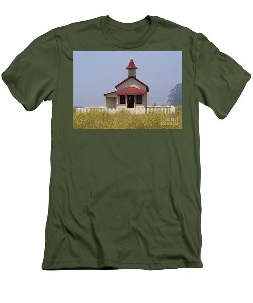Old School House  Men's T-Shirt (Athletic Fit)