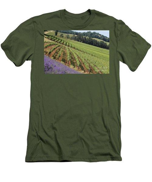 Oregon Vineyard Men's T-Shirt (Athletic Fit)