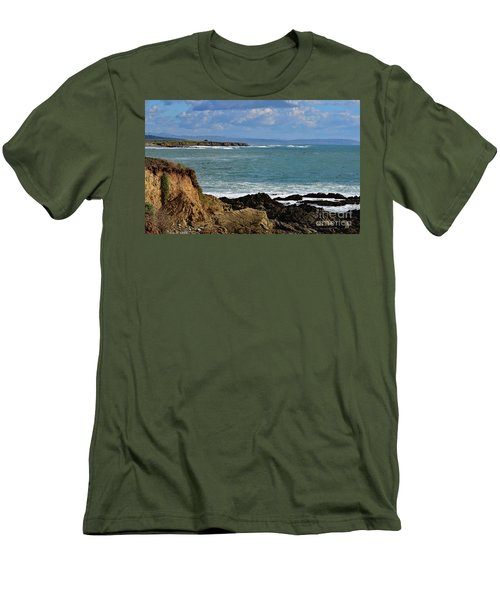 Pacific Coast View At Low Tide Men's T-Shirt (Athletic Fit)