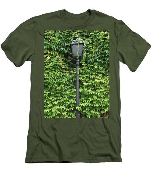 Parisian Lamp And Ivy Men's T-Shirt (Athletic Fit)