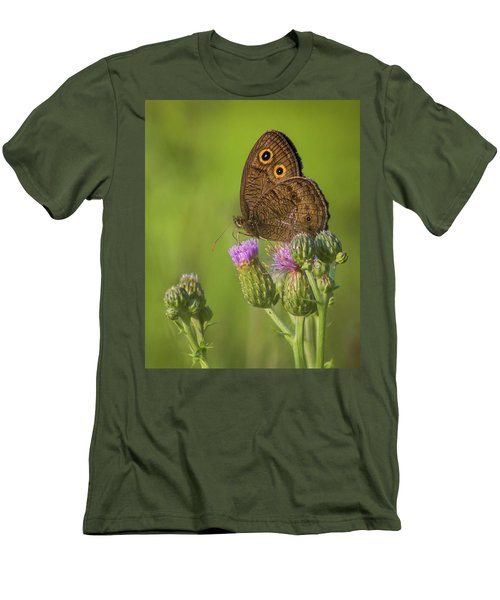 Men's T-Shirt (Athletic Fit) featuring the photograph Pauper's Throne by Bill Pevlor