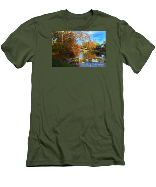 Pendleton Falls Park In The Fall Men's T-Shirt (Athletic Fit)