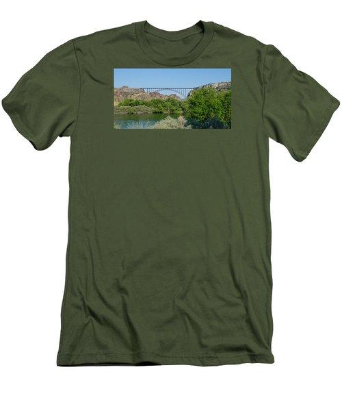 Perrine Bridge At Twin Falls Men's T-Shirt (Athletic Fit)