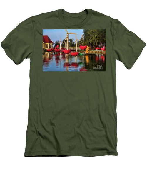 Phan Thiet Sudi Resort 2 Men's T-Shirt (Athletic Fit)