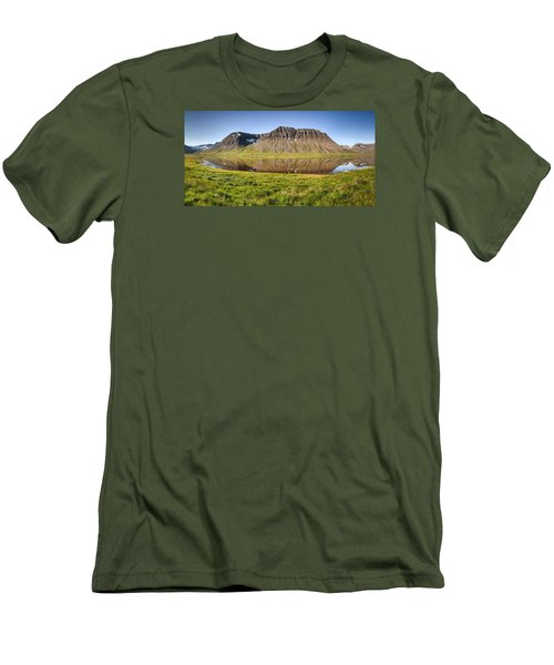 Picnic - Panorama Men's T-Shirt (Athletic Fit)