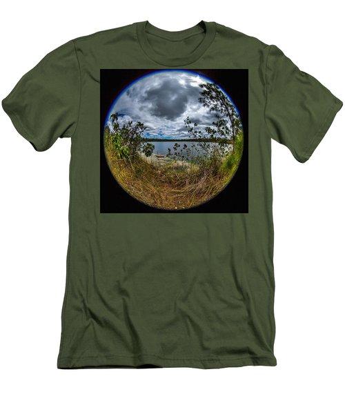Pine Glades Lake 18 Men's T-Shirt (Slim Fit)