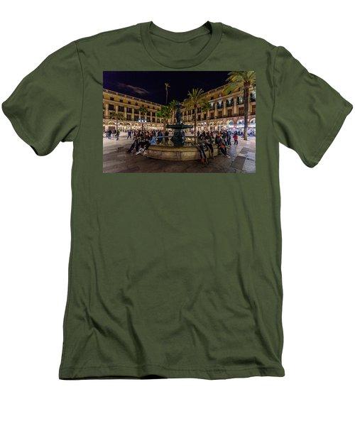 Plaza Reial Men's T-Shirt (Slim Fit)