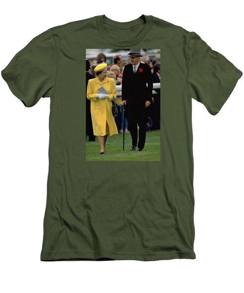 Queen Elizabeth Inspects The Horses Men's T-Shirt (Athletic Fit)