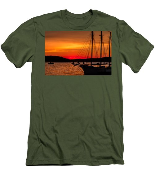 Red Maine Sunrise Men's T-Shirt (Slim Fit) by Steven Bateson