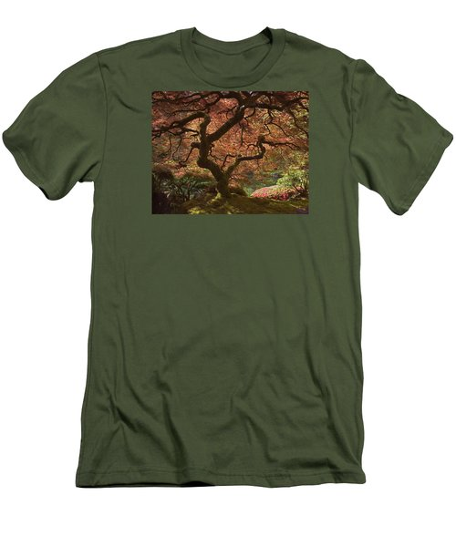 Red Maple Tree Men's T-Shirt (Athletic Fit)