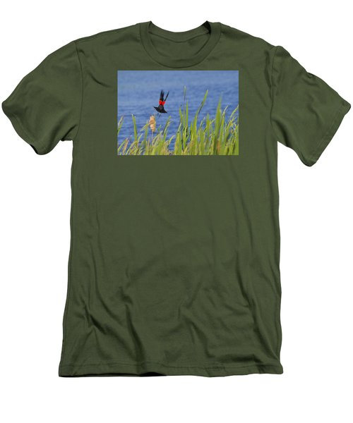 Red Wing Bow Men's T-Shirt (Slim Fit) by Shelly Gunderson
