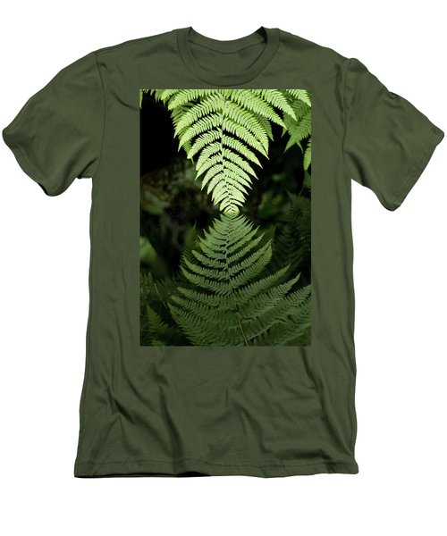 Reflected Ferns Men's T-Shirt (Athletic Fit)