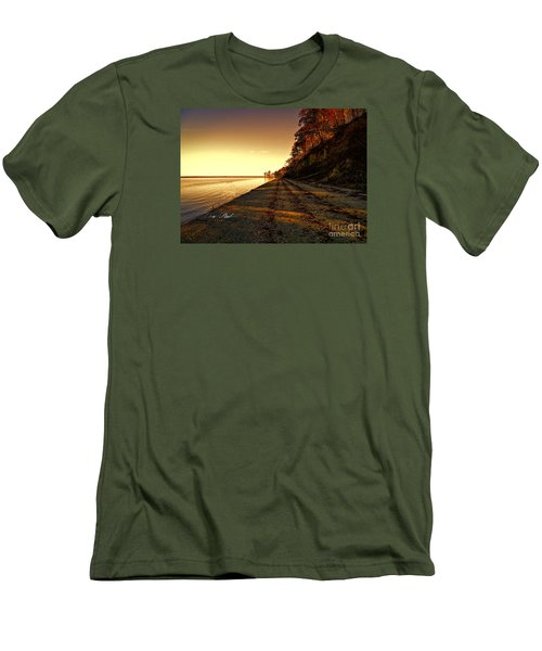 Relaxing In Surry Virginia Men's T-Shirt (Slim Fit) by Melissa Messick