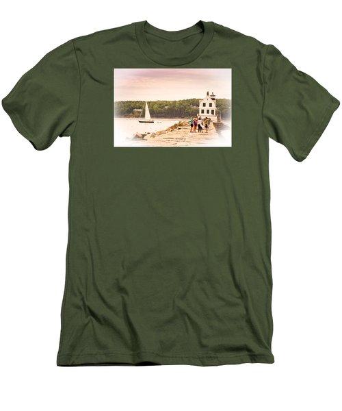 Rockland Breakwater Men's T-Shirt (Slim Fit)