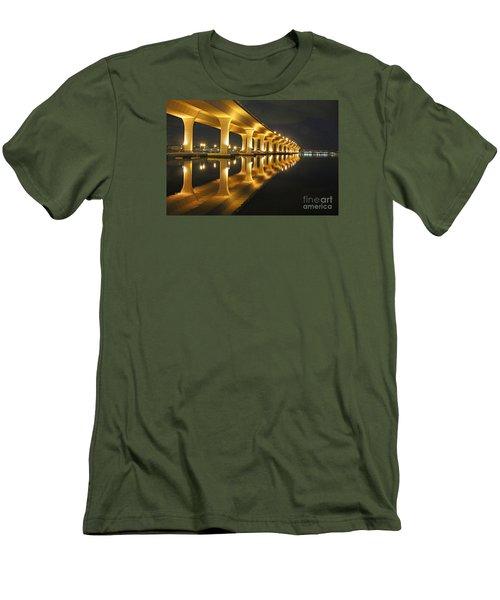 Roosevelt Reflection Men's T-Shirt (Athletic Fit)