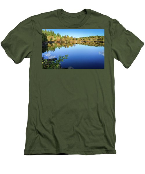Ruminating The Fall Men's T-Shirt (Athletic Fit)