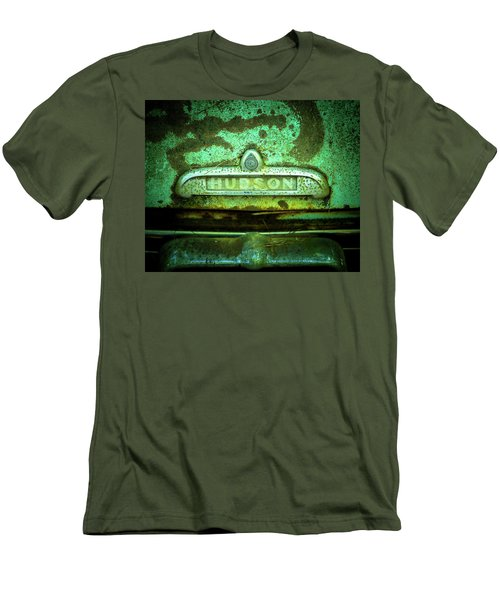 Rusted Hudson Men's T-Shirt (Athletic Fit)