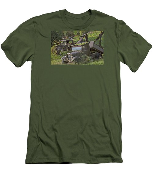 Rusting Out Men's T-Shirt (Athletic Fit)