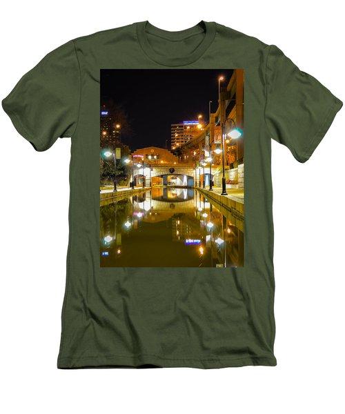 Rva Canal Walk Men's T-Shirt (Athletic Fit)