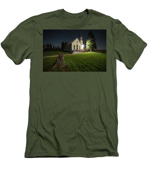 Salem Men's T-Shirt (Athletic Fit)