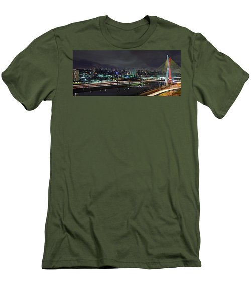 Sao Paulo Skyline - Ponte Estaiada Octavio Frias De Oliveira Wit Men's T-Shirt (Athletic Fit)
