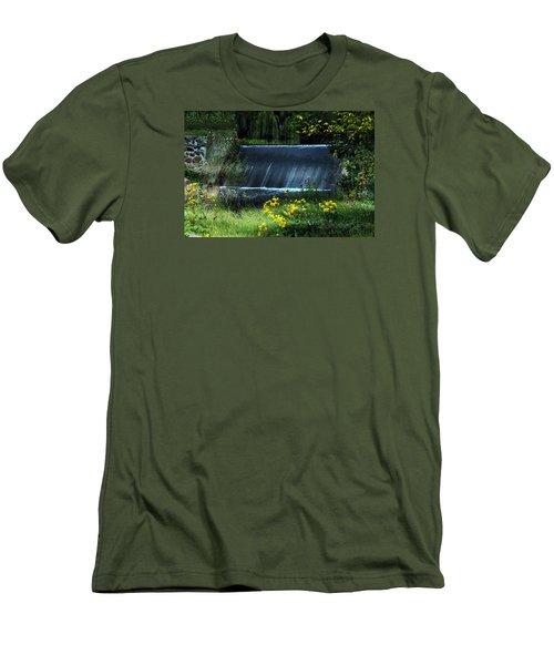 Scandinavia  Dam Men's T-Shirt (Slim Fit) by Judy  Johnson
