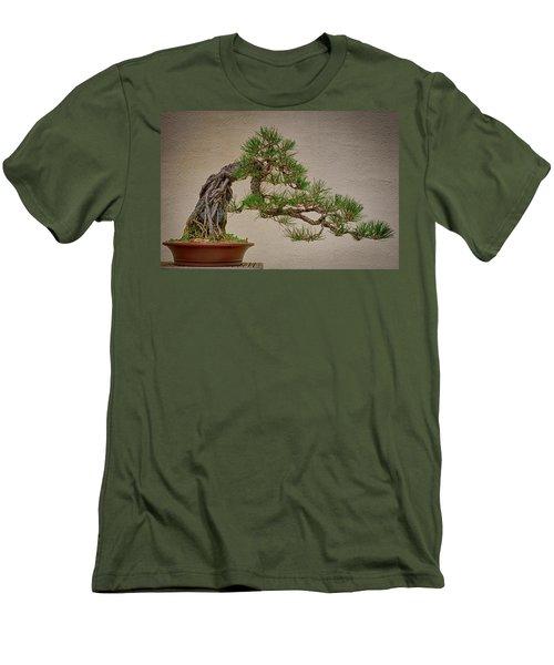 Semi-cascade Men's T-Shirt (Athletic Fit)