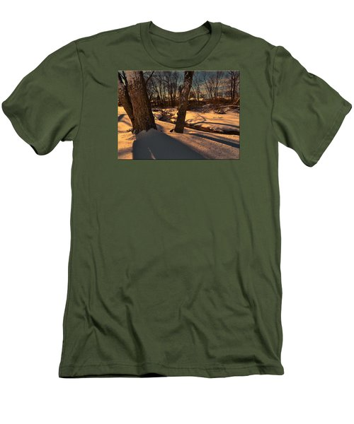 Setting Sun On A Winters Day Men's T-Shirt (Athletic Fit)