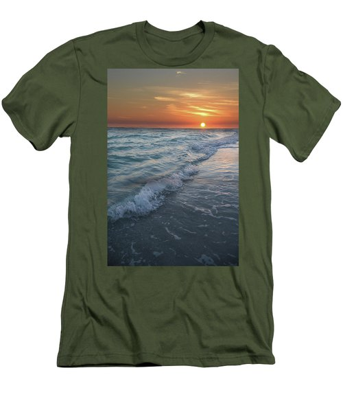 Shoreline Sunset Men's T-Shirt (Athletic Fit)