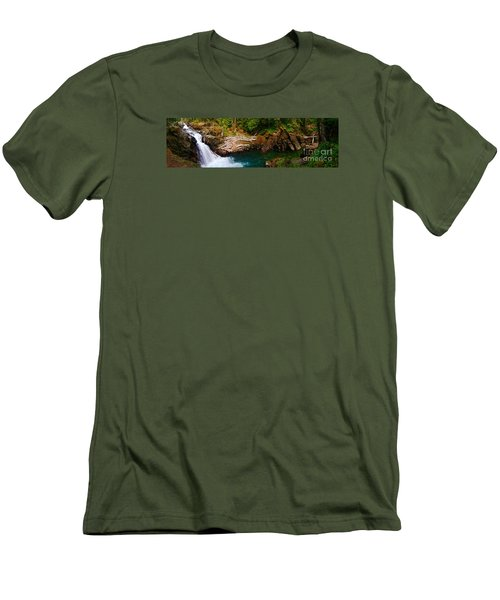 Silver Falls Panorama Men's T-Shirt (Athletic Fit)