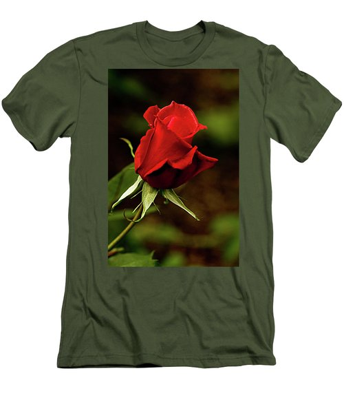 Single Red Rose Bud Men's T-Shirt (Athletic Fit)