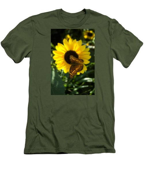 Sitting On The Sun Men's T-Shirt (Athletic Fit)
